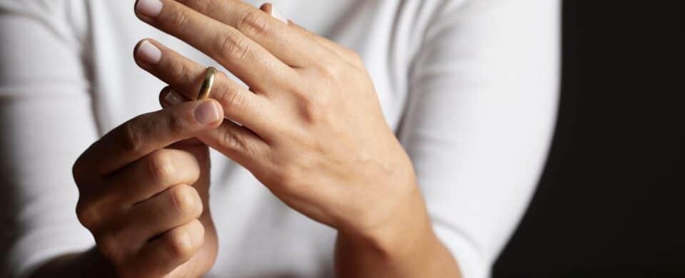 Mujer ante divorcio culposo